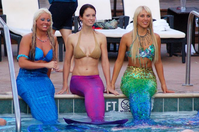 Mermaid Convention Photography #278<br>2,436 x 1,616<br>Published 12 months ago